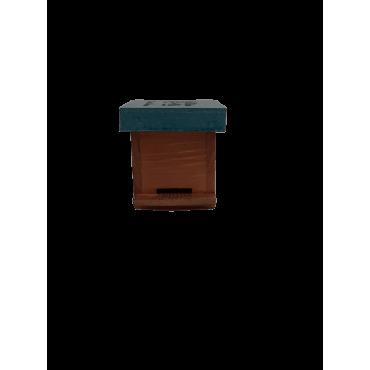 Colmeia miniatura de madeira
