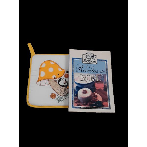 Pega de Cozinha e Livro de Receitas com Mel